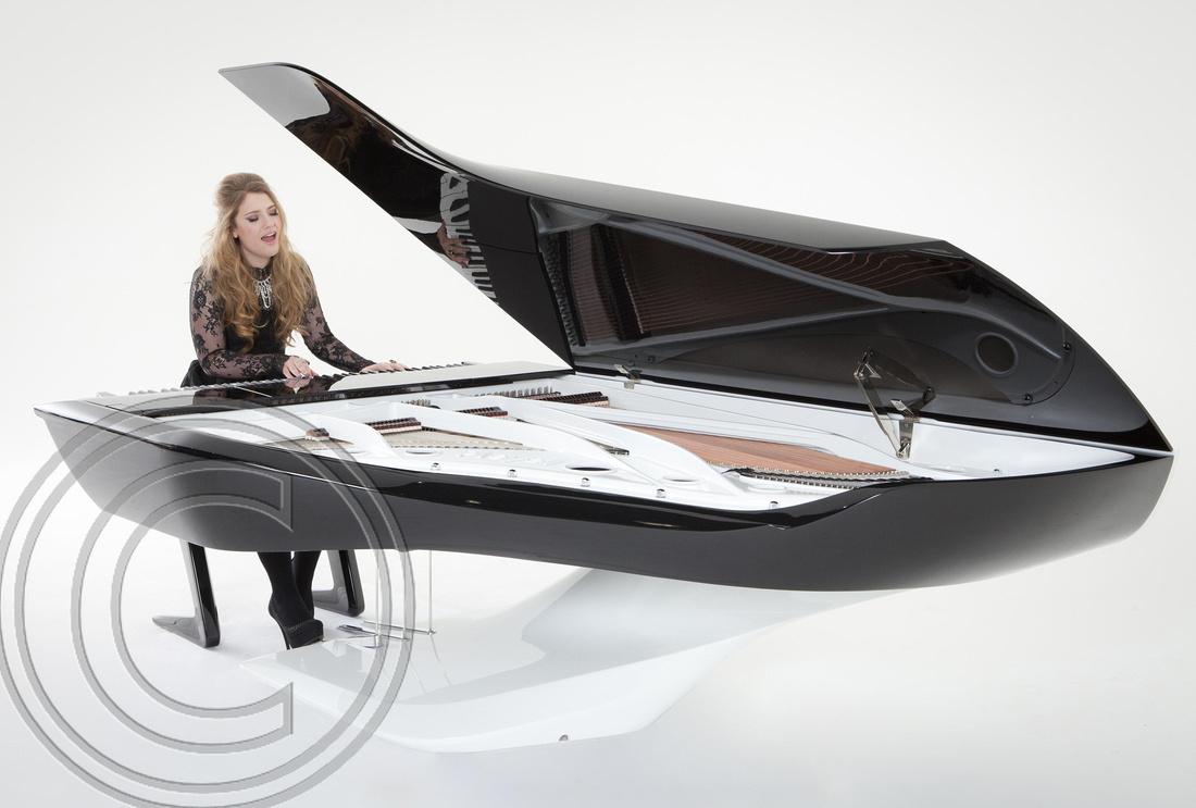 """X Factor star"" ""Ella Henderson"" ""debuts"" ""Peugeot Design Lab"" ""Pleyel piano"""
